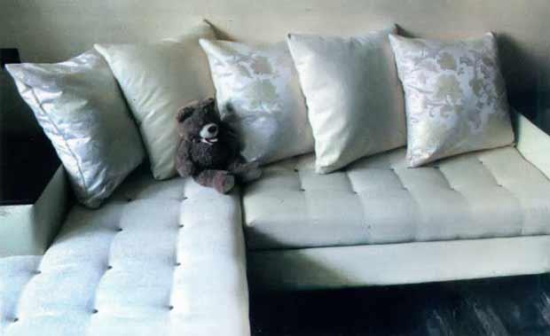 Как я сама переодела диван