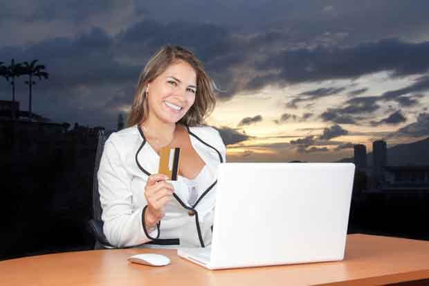 Агентство, девушка, ноутбук, помощь