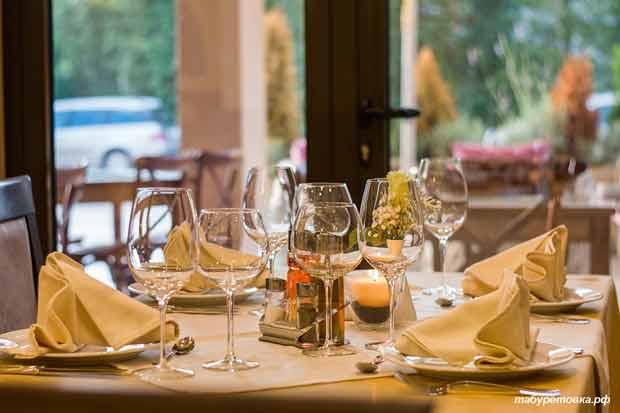 Ресторан, стол, сервировка