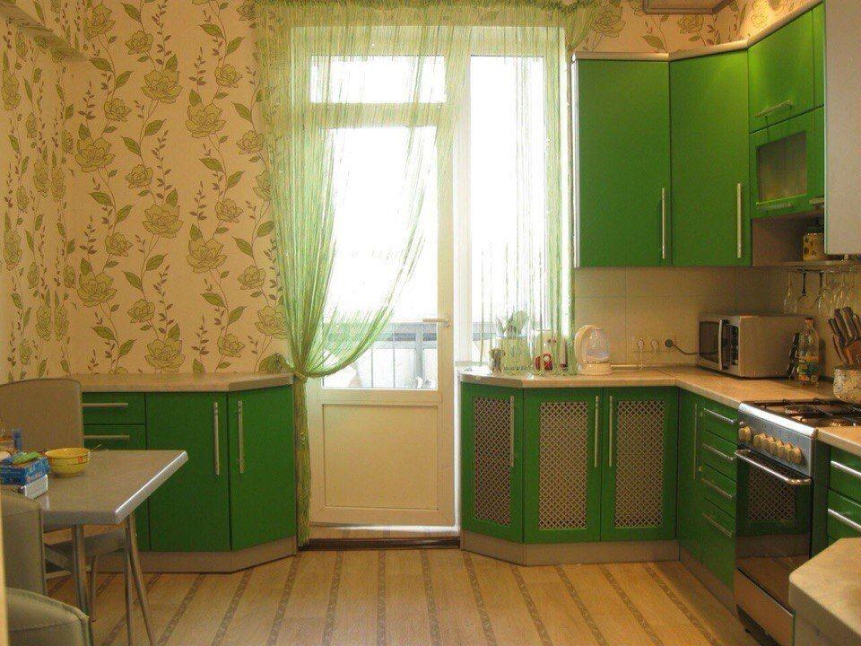 Пол и стены в кухне