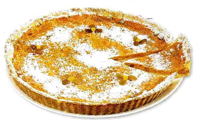 Тыквенный пирог с курагой