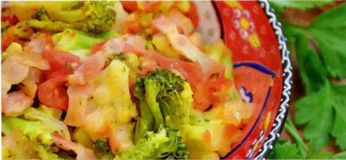 Овощи с беконом