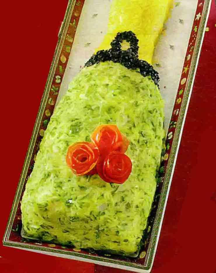 Новогодний салат Бутылка шампанского